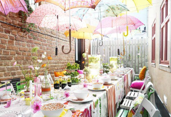 Trang trí sự kiện bằng ô dù cầm tay