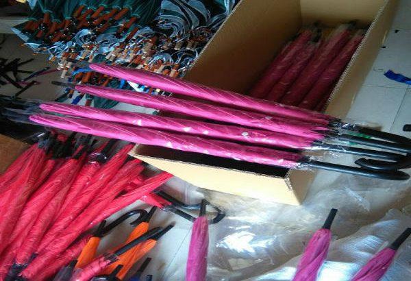 Công ty sản xuất ô dù cầm tay giá rẻ
